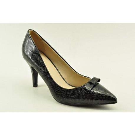 High heel pumps in black colour by Veneti