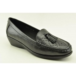 Women's leather anatomic moccasins by Veneti Q8862-210 BLACK