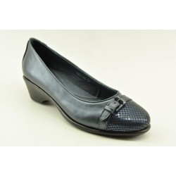 Women's leather anatomic moccasins by Veneti A8897-46 BLACK