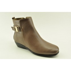 Women's leather anatomic booties by Veneti B8862-7 BROWN