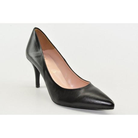 High heeled women's pumps by Alessandra Paggioti