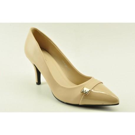 High heel pumps by Veneti