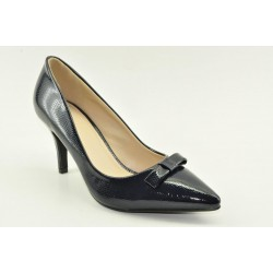 High heel pumps in navy colour by Veneti