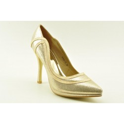 Bridal satin pumps in gold finish by Veneti