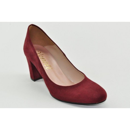 suede pumps by Veneti 65004